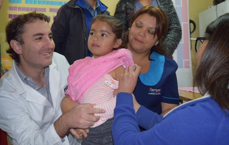 Celebración Semana de Vacunación de las Américas y Semana Mundial de la Inmunización, Autoridad Sanitaria realiza vacunación a Jardín de la región_2